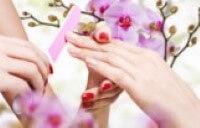 Met een manicure worden uw handen weer mooi